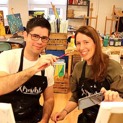 actividad ocio pintar cuadro en pareja